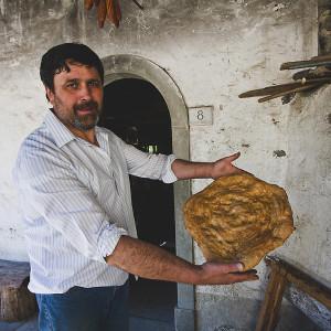 a far pane al Mulin di Bucchio