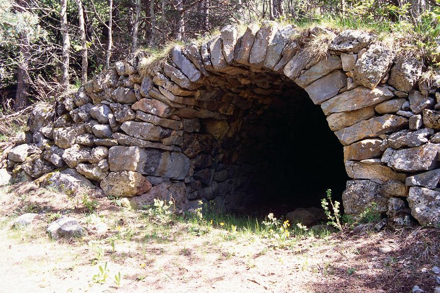 truna antico ricovero in pietra del pastore